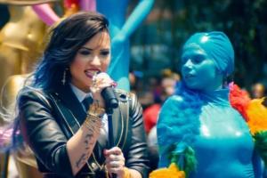 Demi Lovato - Really Don't Care ásamt Cher Lloyd